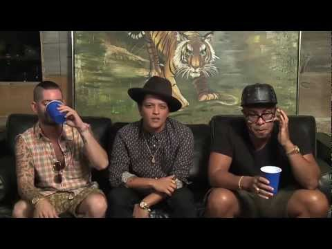 Bruno Mars - 'Locked Out Of Heaven' Single Premiere, Chat & Google Hangout