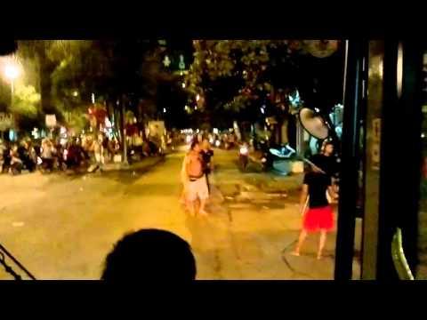 [HD] Xã hội đen chém chém nhau giữa đám đông tại chợ Phùng Khoang