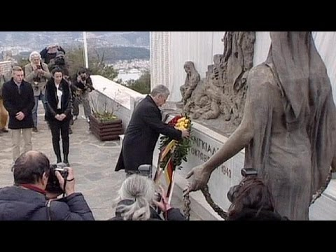 German President visits Jewish synagogue in Greece