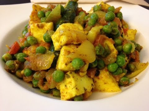 Basic Matar Paneer Masala Recipe: Indian Vegetarian food
