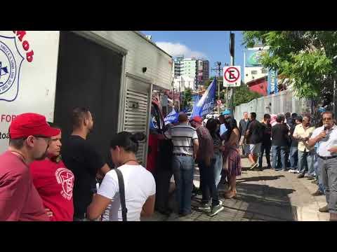 Protesto em Santo André contra o caos no INSS