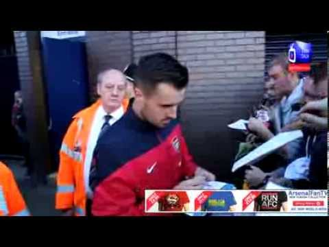 Arsenal FC 01 West Brom 01 - Mathieu Flamini and Carl Jenkinson Meet The Fans