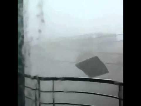Death By Super Typhoon Yolanda / Haiyan Devastating Tacloban City Philippines Leaving Over 100 Deads