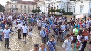 [Protest in Sofia 24.06.2013 in front of Parliament in Full 3D HD]
