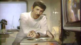 Leonard Nimoy Demonstrates First Laser Video Disc Player