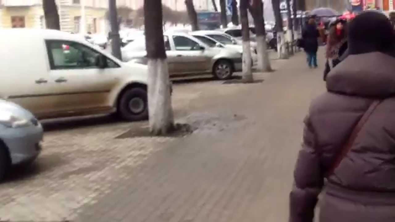 Niciun tomberon între Făt Frumos și Primăria Chișinău