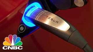 Is Tesla Overvalued? 'Dean Of Valuation' Aswath Damodaran Weighs In | Trading Nation | CNBC