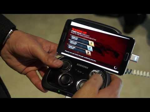 Samsung Galaxy Gamepad for Android Smartphones CES2014 - iGyaan