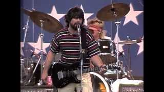 Alabama - If You're Gonna Play In Texas (Live at Farm Aid 1986)