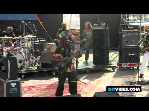 "Steel Pulse Performs ""Rally Round"" at Gathering of the Vibes Music Festival 2012"