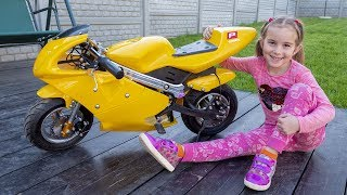 Kids and Papa ride on children's Bike and Cars