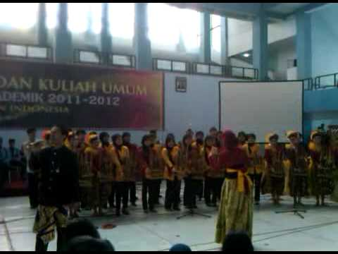 "Kabumi and friend - Kite lagi ""OVJ"" (angklung)"
