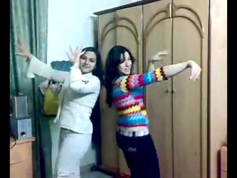 ‫tow arabic girls dancing with Faris Karam s song