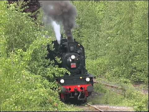 Zug Dampflokomotive fahren Dampflok - Steam locomotive train driving