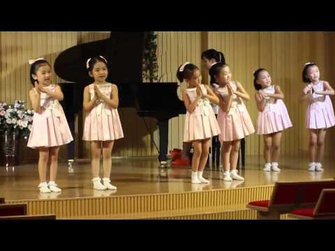trẻ em triều tiên hát  về bác HỒ