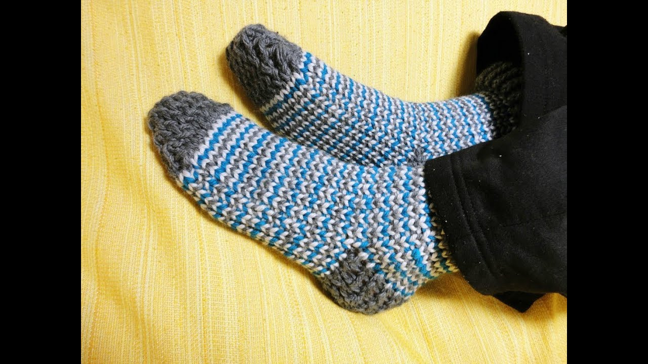Knitting Pattern For Socks In The Round : How to Loom Knit Socks (DIY Tutorial) - YouTube