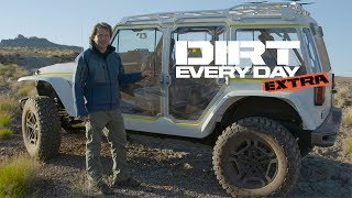 2017 Jeep Safari Concept Walk-Around - Dirt Every Day Extra. MotorTrend.