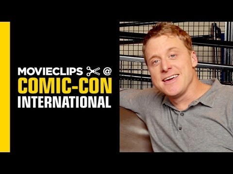 Comic-Con: Alan Tudyk Interview: San Diego 2013 - HD Movie