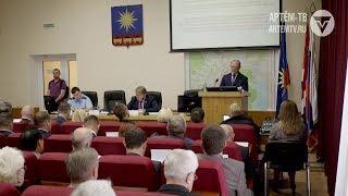 Депутаты положительно оценили деятельность главы АГО Александра Авдеева в 2017 году