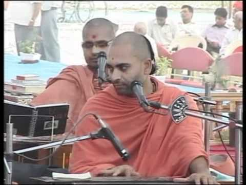 Bhuj Nutan Mandir Mahotsav 2010 - Katha Part 10 of 25