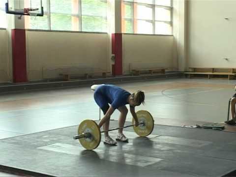 Смотреть видео Соревнования по гиревому спорту в Вентспилсе