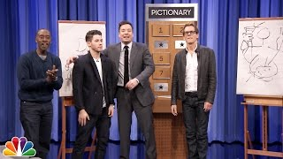 Pictionary with Kevin Bacon, Don Cheadle and Nick Jonas