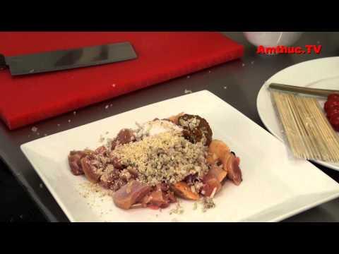 Cách làm món gà nướng sa tế (Vào bếp cùng Sao - số 61) - tapchiamthuc.vn