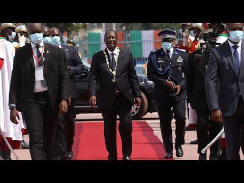 Le président Alassane Ouattara prête serment pour un troisième mandat