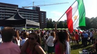 برافراشته کردن پرچم های شیروخورشید در جشن تیرگان استکهلم