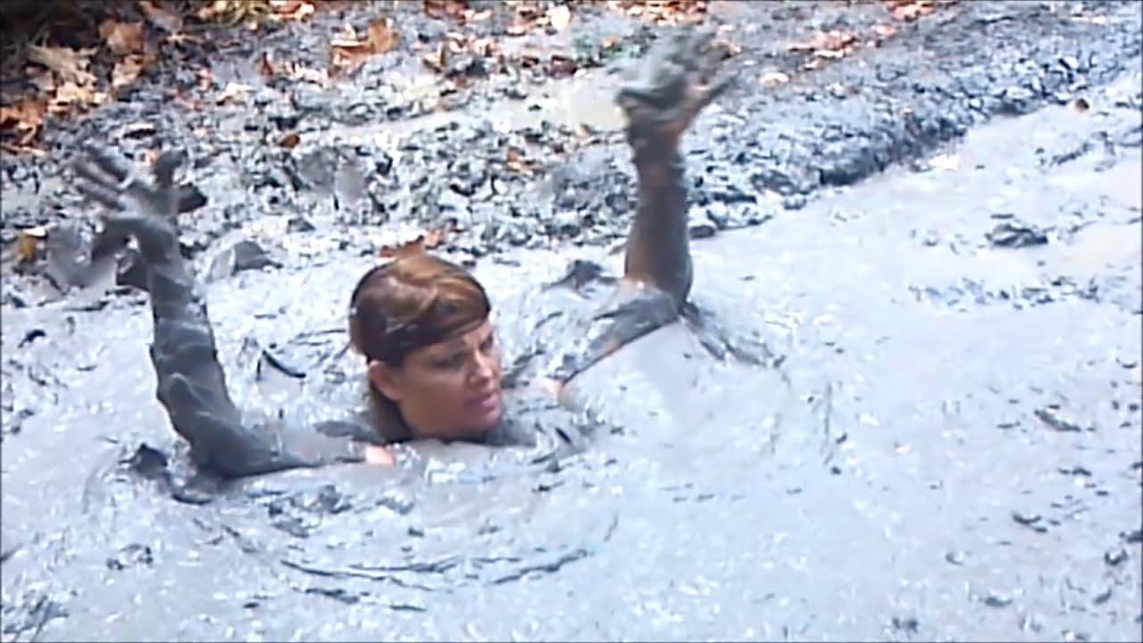 college girls nude mud