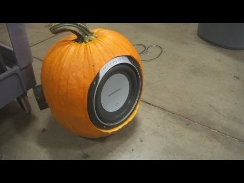 BUMPIN' PUMPKIN SPEAKER BOX - 8