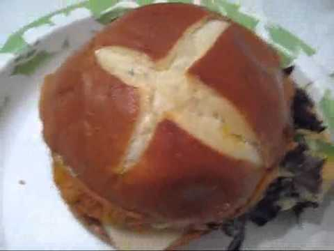 Wendy's Pretzel Pub Chicken Sandwich Review