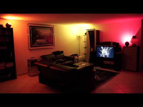 philips living colors 2 gen demo of multiple lamps in a living room youtube. Black Bedroom Furniture Sets. Home Design Ideas