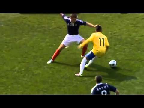 Những kỹ năng siêu phàm của Neymar by Phúc tee