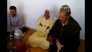 مغاربة يقرأون القرآن بطريقة