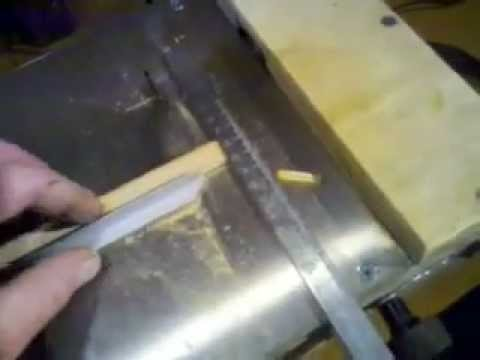 Mini o Micro   Sierra de banco casera . Homemade micro table saw mpg  Lutheria Ethian