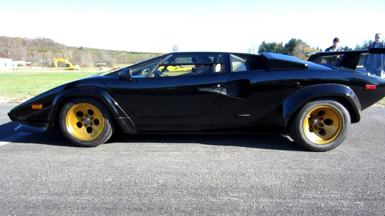 countach diablo runway drag race youtube. Black Bedroom Furniture Sets. Home Design Ideas