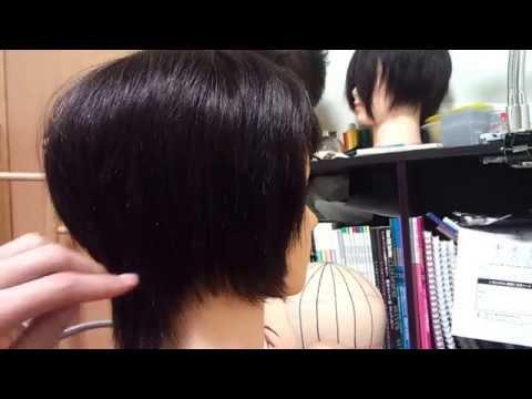 吉瀬美智子髪型!大人ショートヘアスタイル40代50代オススメ 後ろ姿レイヤーカット