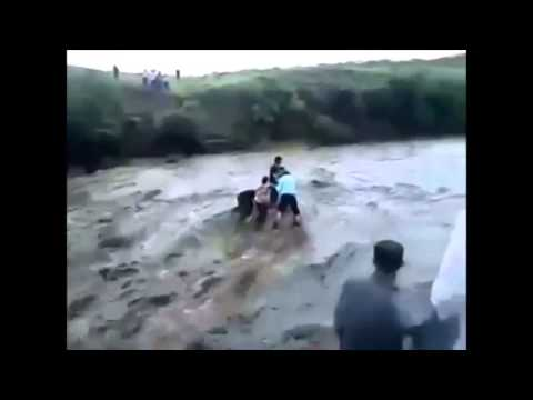 LIVE VIDEO   24 students washed away in Mandi Beas river   EXCLUSIVE FOOTAGE