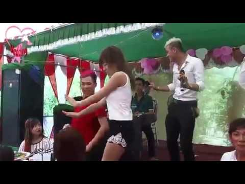 Đám cưới Miền tây nhảy thác loạn