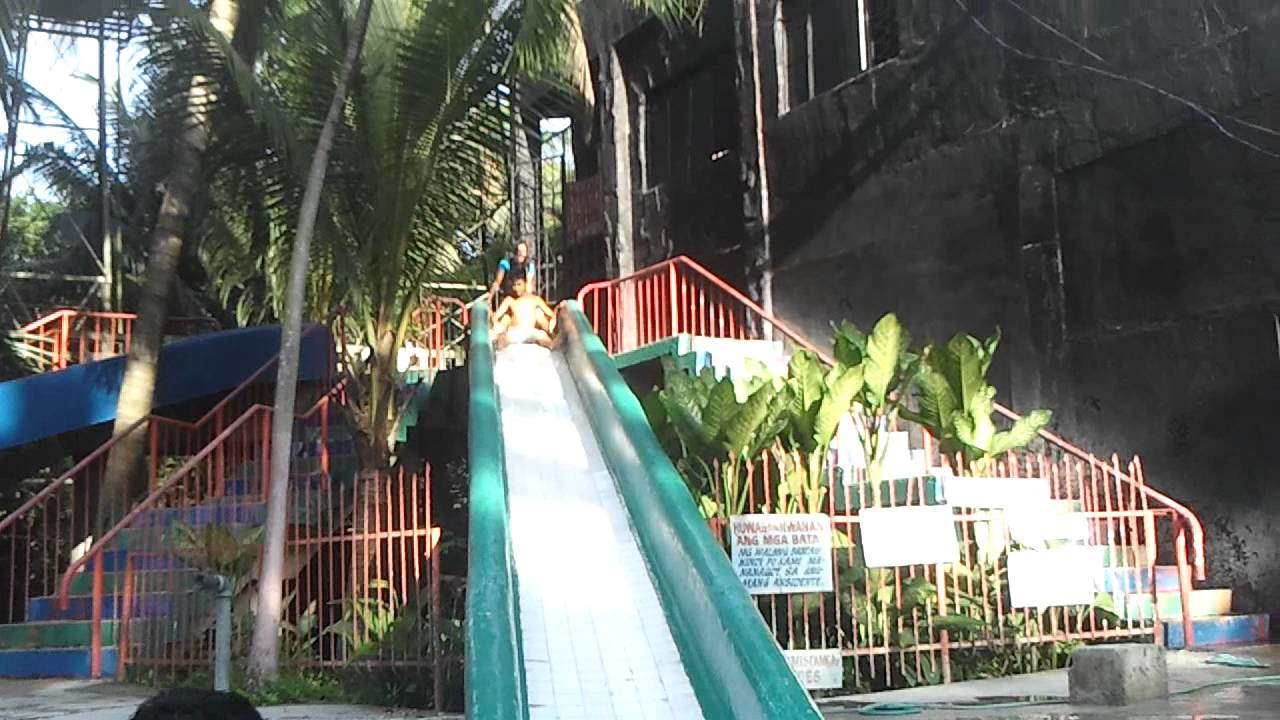 Viewing Gallery For - Zainab Indomie At Swimming PoolZainab Indomie At Swimming Pool