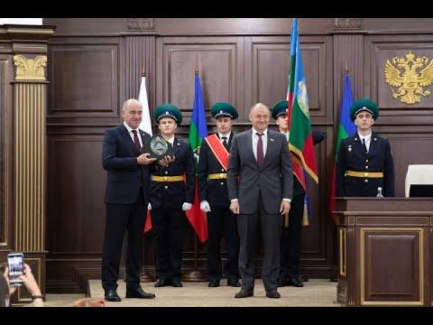 Парламентарии КЧР единогласно избрали Главой Карачаево-Черкесии Рашида Темрезова