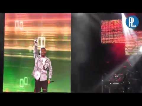 Delcio Dollar Acima do Olimpo  ao vivo no show Da Virada