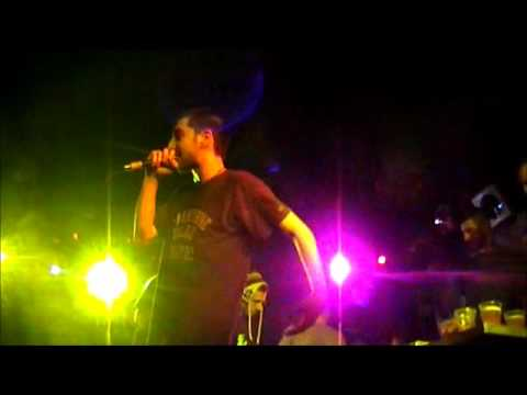 Bong Da City - Einai asteio den | Live An Club 2011