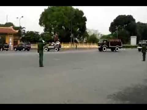 Đoàn xe Tiễn đưa Đồng chí Nguyễn Nam Khánh về nghĩa trang mai dịch - linhlvph03133