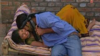 Saiya Romantic Hoke (Bhojpuri Hot Holi Video Song) By