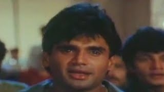Darwaje Pe Tere Baarat Krishna Sunil Shetty, Karisma