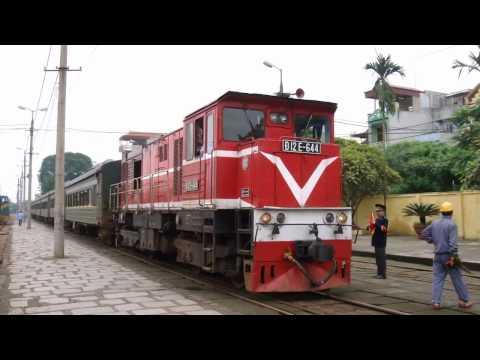 Ga Gia Lâm Train In Gia Lam railway station