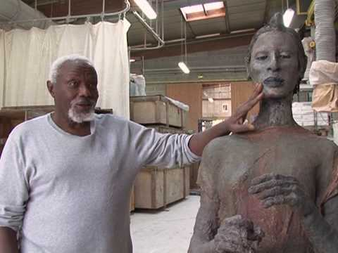 Prestigious Senegalese sculptures up for auction