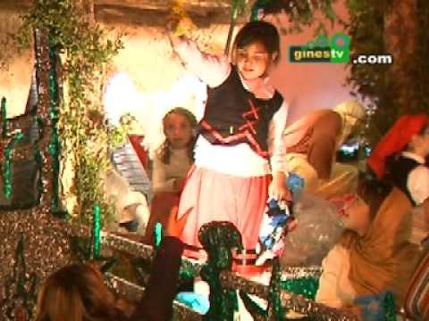 Todo preparado para la esperada Cabalgata de Reyes  2012